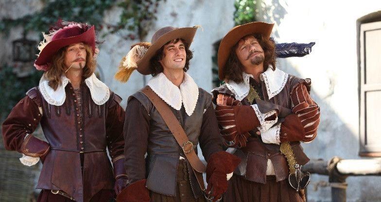 Картинки атоса из трех мушкетеров